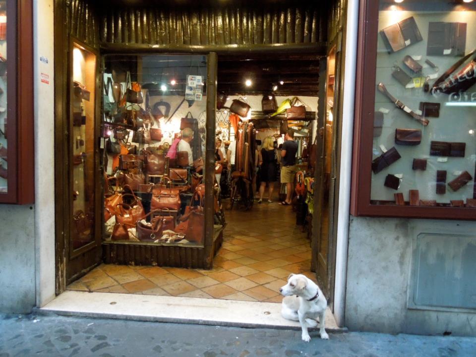 ヴェネツィアの雑踏にて